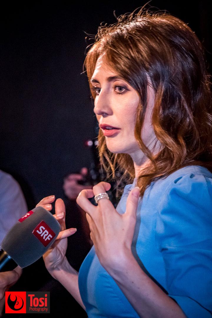 L'attrice del Trono di Spade Carice van Houten sul red carpet di Locarno 72 © Tosi Photography