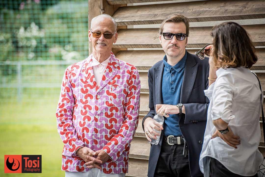 John Waters con Albert Serra e Lili Hinstin prima della conversazione col pubblico di Locarno 72 © Tosi Photography