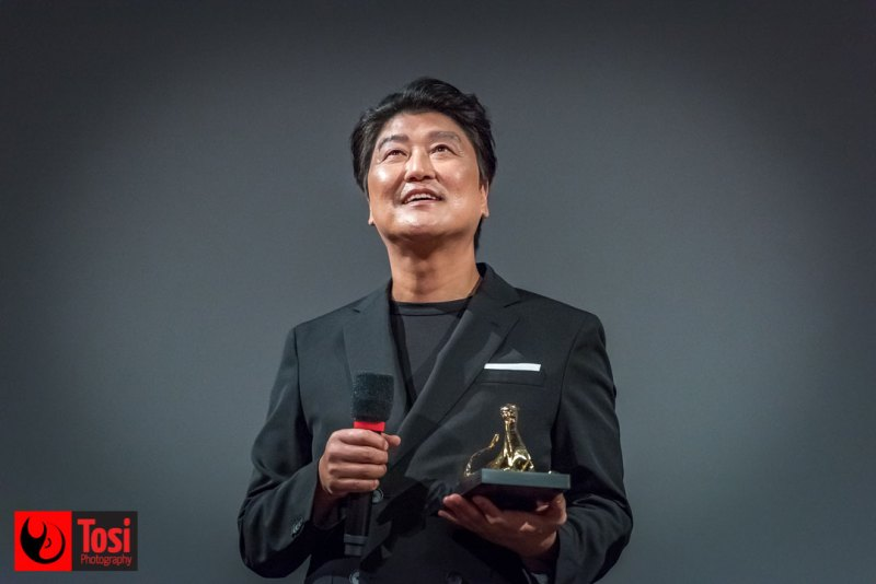 SONG Kang-ho a Locarno riceve l'Excellence Award © Tosi Photography
