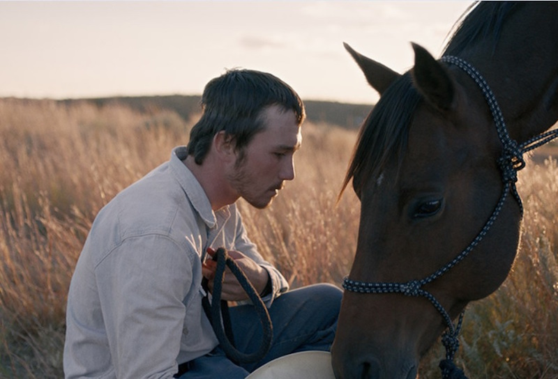 Brady Jandreau in una scena del film The Rider - Photo courtesy of Wanted Cinema