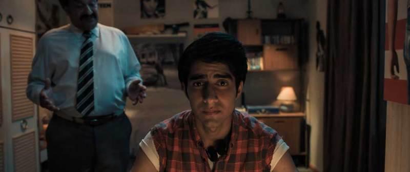 ULVINDER GHIR/ Malik e VIVEIK KALRA/ Javed nel film BLINDED BY THE LIGHT © Warner Bros. Pictures
