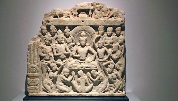 scena dal Mandhata Jataka, Andhra Pradesh, Amaravati. II° secolo d.C., pietra calcarea - Photo: MaSeDomani