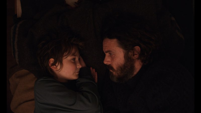 Anna Pniowsky e Casey Affleck in Light of my life - Foto: courtesy of Notorious Pictures