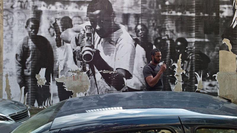 Djibril Zonga in una scena del film - Photo: courtesy of IFFR