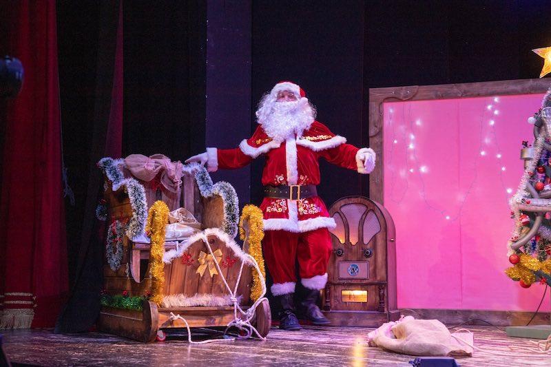 Alla scoperta di Babbo Natale -Simone Ruggero è Babbo Natale. Foto di Margherita Cirulli