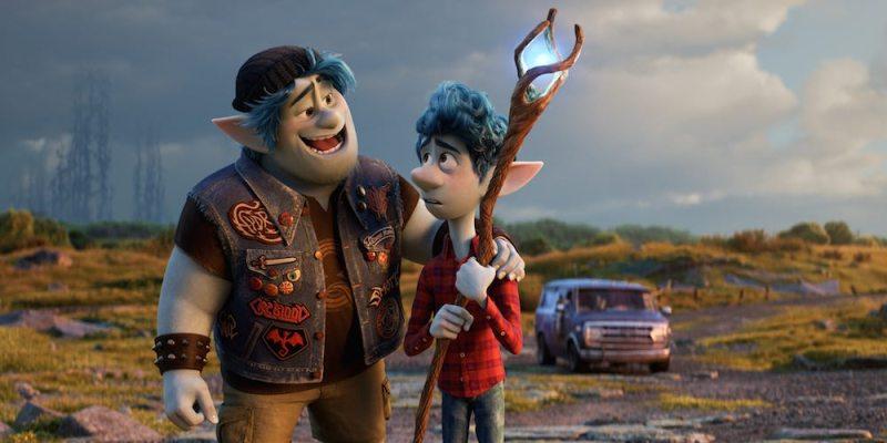 I fratelli Barley e Ian in una scena di Onward (voci originali: Chris Pratt e Tom Holland) © 2019 Disney/Pixar. All Rights Reserved.