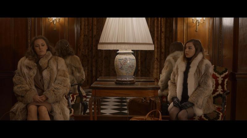 Karole Rocher e Garance Marillier in una scena del film. Photo: courtesy of Netflix.