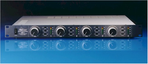 Low Noise Balance Microphone Pre Amp Using A Tl071