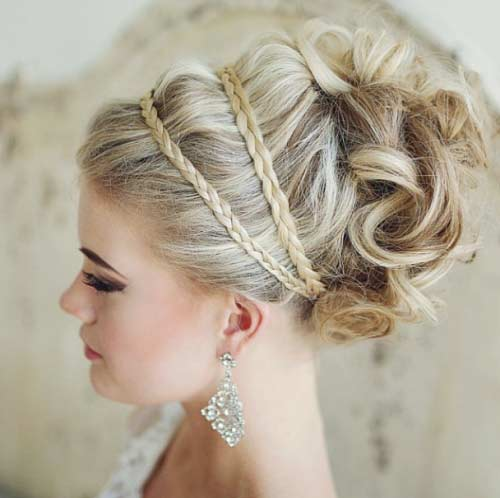 Classic Bridal Updo Hairstyle : Wedding hairstyles and updos