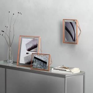Umbra Prism Frame Concept