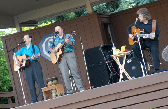 Bob Simms, right, performing in Scottville with Alfred Finner, right, and Cary Dodson.