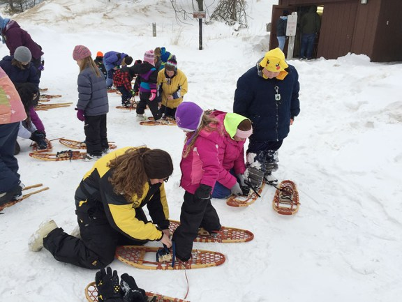 fit club snowshoeing