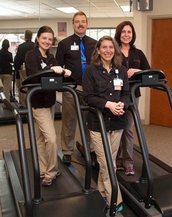 Cardiac rehab team-25th anniversary-600