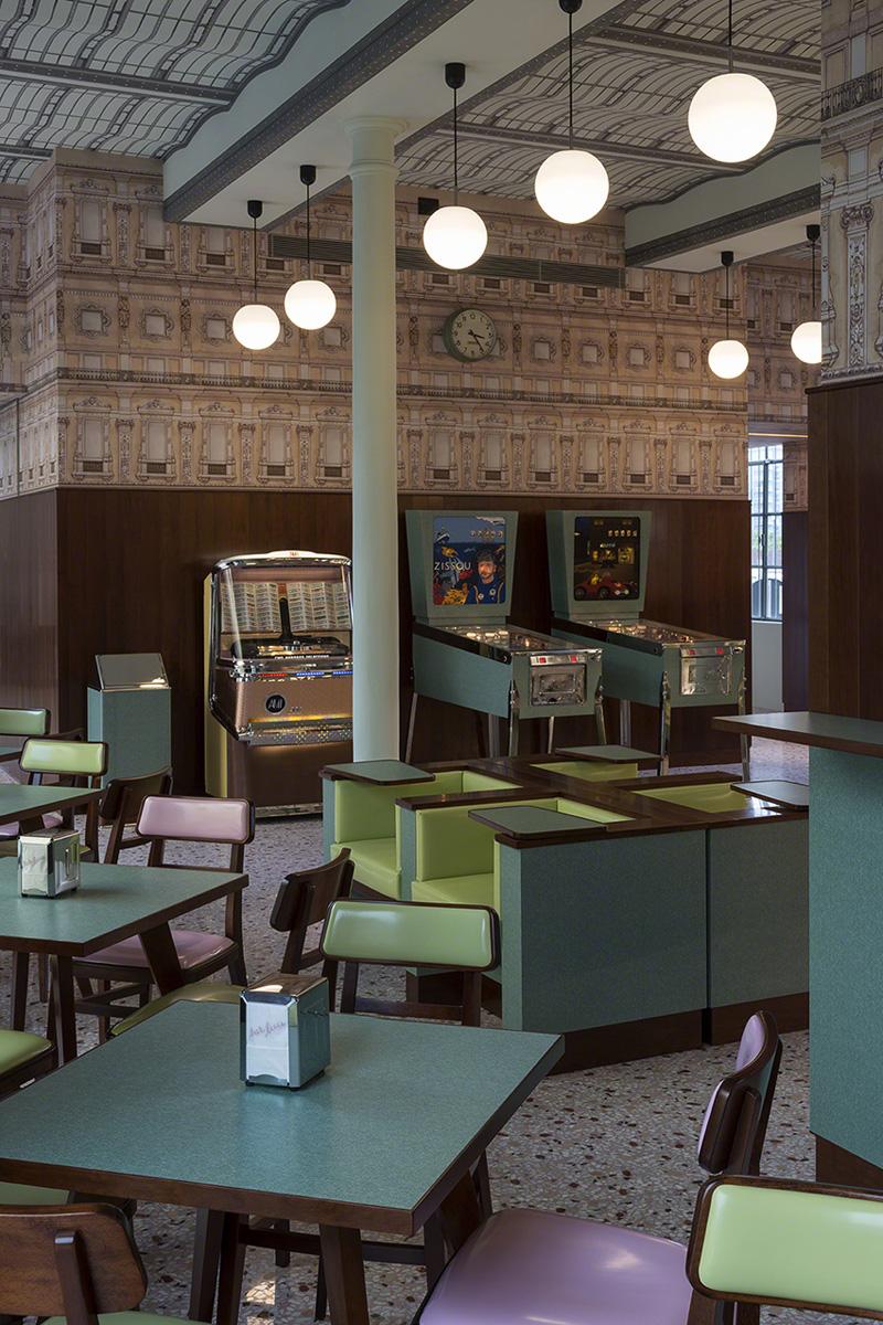 Bar Luce Wes Anderson disea el caf nostlgico de Prada