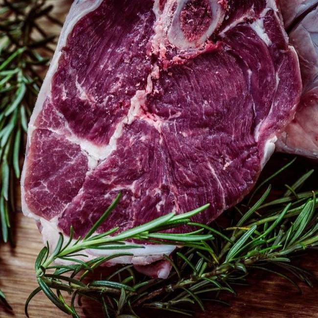 Alimentos que mejor absorben el hierro carne roja