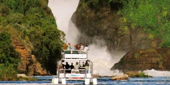 لؤلؤة إفريقيا».. دليلك لأفضل الوجهات السياحية في أوغندا