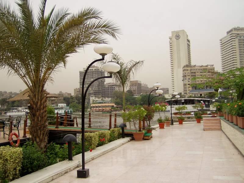 اختفوا من شوارع وفنادق القاهرة