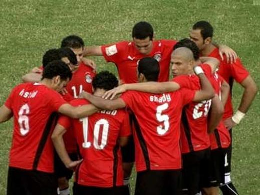 مصر بعيدة عن الجزائر في قرعة كأس الامم الافريقية أنجولا 2010