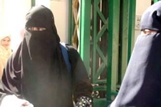 هاني هلال : لا رجعة في قرار منع النقاب في الجامعة