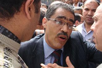 ضياء رشوان يتبرأ من الاخوان المسلمين ويدعو كل صحفي يريد اقالة رئيس تحريره بالتصويت له