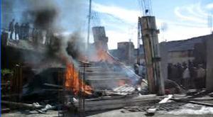 جزائريون حرقوا ودمروا مسجدا | فيديو