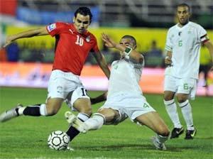 الاعلام الجزائري يبدأ شحن الجماهير ضد المصريين | مباراة مصر والجزائر