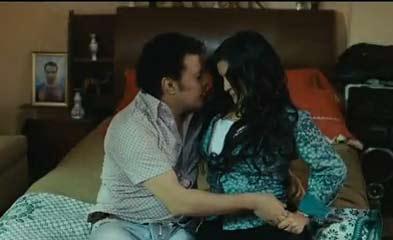 داليا ابراهيم : اديت مشهد السرير في كلمني شكرا حسب رغبة خالد يوسف   فيديو
