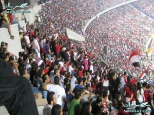 عمرو اديب للجزائريين: لاترسلوا طائرات مشجيعيكم  الى انجولا |مباراة مصر والجزائر