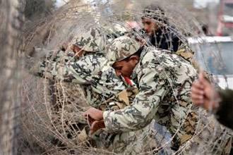 استشهاد جندي مصري برصاص من غزة | فيديو