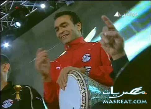 بالفيديو الحضري بـ الطبلة على اغاني عمرو دياب | طبلة الحضري