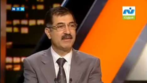 مطالبة علاء صادق بتعويض 3 ملايين جنيه بسبب ظلال واضواء