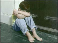 مدرسين الاعدادية و الابتدائية تحرشوا بالصبيان و البنات