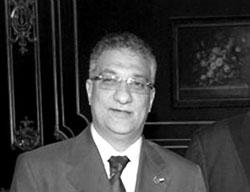 احمد زكي بدر وزير التعليم يكشف أسماء العائلات المسيطرة على الوزارة