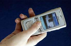 حكم الزنا العلاقات رسائل الموبايل والخيانة بين الشريعة والقانون