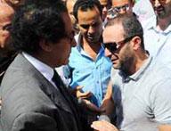 وفاة والد احمد السقا : تلقي العزاء في عمر مكرم