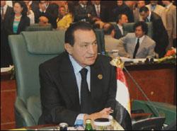 الرئيس مبارك صاحب الكلمة الافتتاحية في قمة سرت الليبية 2010