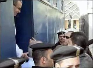 اخبار الانتخابات :حبس 73 من انصار جماعة الاخوان المحظورة