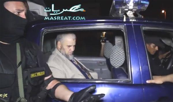 القاء القبض على عاطف عبد الرشيد مذيع قناة الحافظ