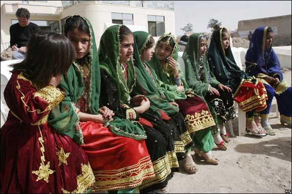 افتتاح مدارس للفتيات لدعم جهود الحرب على الإرهاب