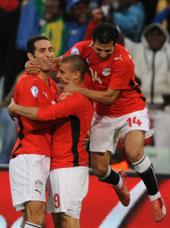 منتخب مصر قادر على هزيمة الجزائر بالثلاثة والتأهل لمونديال جنوب أفريقيا