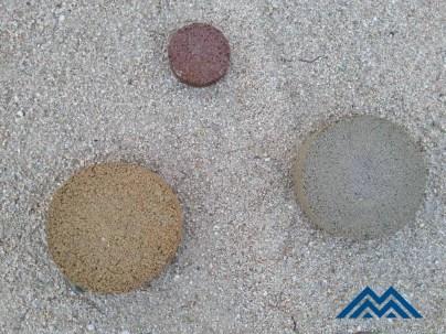 MASSACHS tres mostres asfalt color sobre saulo clar