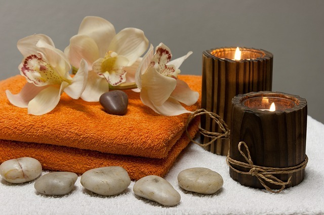 Coperta Termica Per Lettino Massaggio.Allestire Un Lettino Da Massaggio Massaggi E Consigli