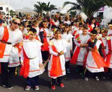 Más de 800 escolares dan la bienvenida al Carnaval en Playa Honda