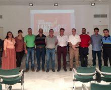 Arrecife reúne a bomberos, policías, técnicos y hospital para exponer el nuevo Plan de Emergencias Municipal (PEMU)