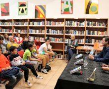 Miguel Aguerralde presenta en Playa Blanca su primera novela infantil