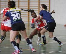 El CB Lanzarote Zonzamas puso contra las cuerdas al Balonmano Gijón