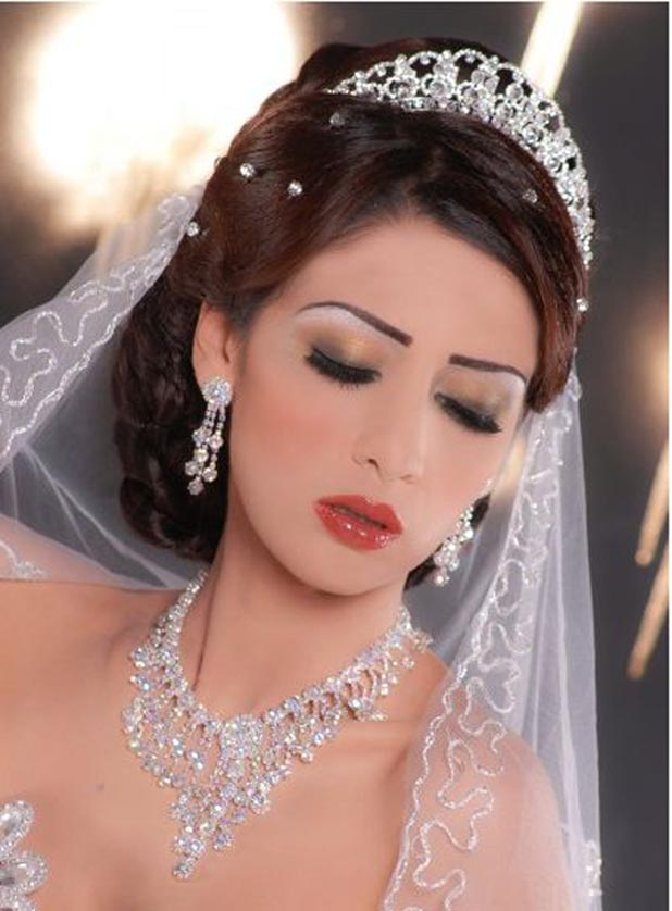 A beautiful bride's makeup