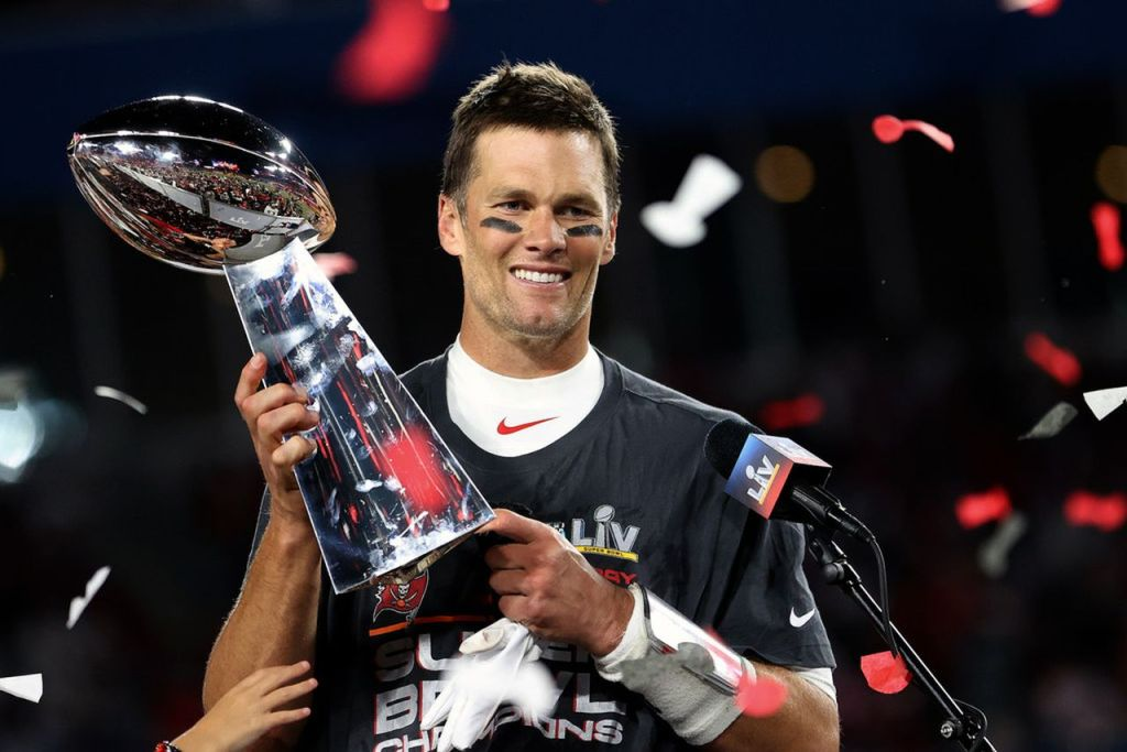 Tom Brady Played Season With Torn MCL