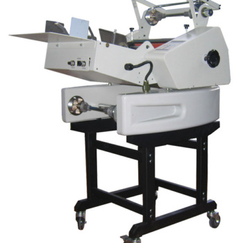 Masterbind USA's automatic roll Laminator the Master Lam 13 for double sided lamination.