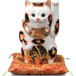 Japanese lucky cat figures of Kutani porcelain